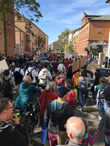 Marsch zum Marktplatz